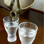井中 - 美味しい日本酒がそろってます。