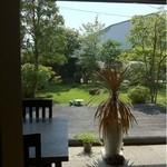 井中 - 庭を眺めながら~