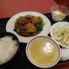 千馬 - 料理写真:牛バラ肉の煮込みランチ