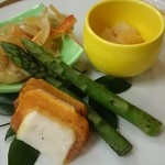 南平台温泉ホテル - 旬菜盛り合わせ