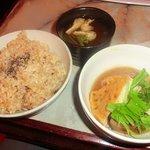 なぎ食堂 - ご飯、小鉢、味噌汁