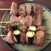 もつ焼き 稲垣 - 料理写真:串焼き。たん2本,かしら2本¥500。