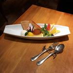 洋食麦星 - プリンアラモード(税込1,080円)