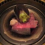 にし - 茄子は、直接炭火で焼かれて、、、