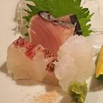 高太郎 - お造り  真鯛、鰤、烏賊