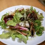 Santo Bevitore - ☆お野菜のサラダ 1000円