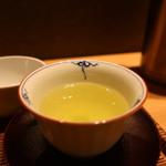 林屋新兵衛 - 煎茶(左近の桜)