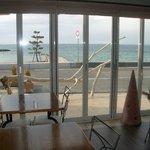 NICE - テラス側からは 瀬戸内海が 一望できます。