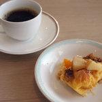スカイレストラン白馬 - パンプディングとコーヒー