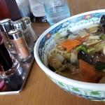 99408070 - 汁なし太麺です。