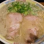 秀ちゃんラーメン - ラーメン700円