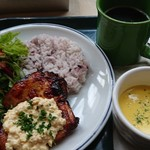 T.C cafe - 麹漬けチキンのNANBANプレート