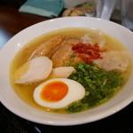 麺屋 サマー太陽 - 特製塩ラーメン アップ!