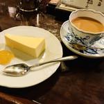 茜屋珈琲店 - チーズケーキケーキセット¥1250-