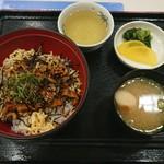 宮島サービスエリア(下り)スナックコーナー - 料理写真:穴子丼¥760-