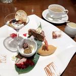 ル・ソレイユ・ルヴァン - シェフおまかせデザート盛り合わせ / コーヒー