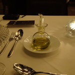 アマンダンライズ - フレッシュで美味しいオリーブオイル