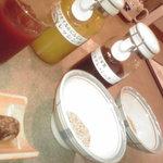 9944298 - 【食前】ドレッシング・ゴマ・紫イモジュース