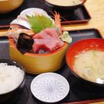 タカマル鮮魚店 - タカマル定食 1280円