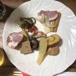 博多久松 - 料理写真:少し盛ってみました。