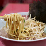 ラーメン山岡家 - 麺リフト
