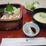 日本料理こぶし - 料理写真:バスツアーのホッキ丼