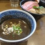 煮干しつけ麺 宮元 - 1月1日年始限定営業メニュー「超極濃烏賊つけ麺」(1000円)