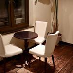 カフェ・ノエル - テーブル席