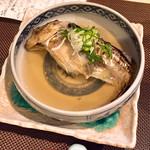 MASS - ぶりこはたはたの魚醤蒸し(1080円)