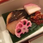 石塀小路 朝粥と出し茶漬け KOI-KOI - 銀鱈味噌漬け焼き