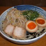 麺屋 一 - 料理写真:とろっと旨塩黒ニンニク