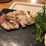 炭焼 鶏たか - モモズーム