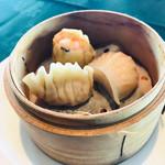 中国料理 翆陽 - ヤムチャ3種    海老もプリップリで、火傷注意!
