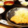 とんかつ 花むら - 料理写真:ロースカツ定食 (¥1,000)