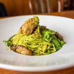 サントピアット - 料理写真:佐渡牡蠣小松菜のペースト手打ちタリオリーニ