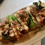 鞆の浦 a cafe - 照り焼きチキンととろーりチーズとトマトのサンド