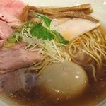 ヌードル マイスター 源九 - 特製丸鶏醤油(900円)