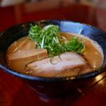 らーめんダイニング 庵 - オマール海老と伊勢海老の濃厚白湯麺(塩)