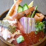 金沢海鮮丼 もり家 - 料理写真:おまかせ海鮮丼1600円