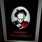 サンディマクドナルド - 置看板