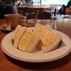 タロ コーヒー - 料理写真:厚焼き玉子サンドとホットコーヒーのセット1080円