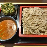 蕎麦処 グレゴリー - 「カレー汁つけそば」860円+「パクチー天」300円
