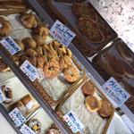 マンハッタン - 料理写真:各種パン