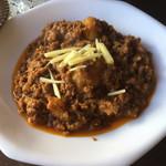 アジアン食堂サキーナ - キーマ。肉はマトン。じゃがいもも入ってます。