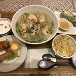 KHANHのベトナムキッチンGINZA999・Chi em - 999のハッピーセット