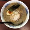 だし屋 - 料理写真:背脂煮干し中華  750円