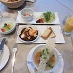 THE HIRAMATSU HOTELS&RESORTS - 朝食1人分全景