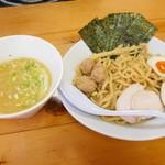 麺屋 一布 - 濃厚鶏白湯つけめん(醤油)