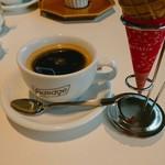 アデッジ - ホットコーヒー。