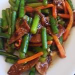 四川料理 昇龍 - レバーとニンニクの芽の炒め物